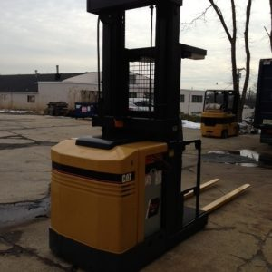 Forklift 4